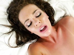 She Really Likes Hotel Sex With The Hard Dick Guy