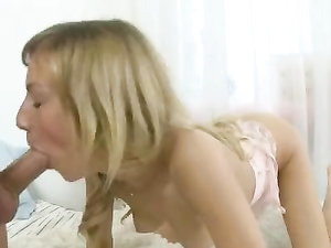 Anal Toying And Fucking Of A Gaping Backdoor
