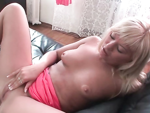 Long Dick Penetrates Her Backdoor Tunnel In A Doggy